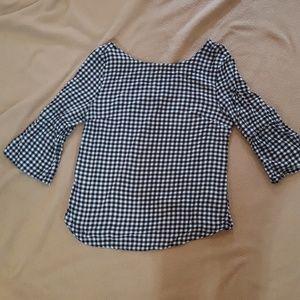 Bell-sleeved shirt